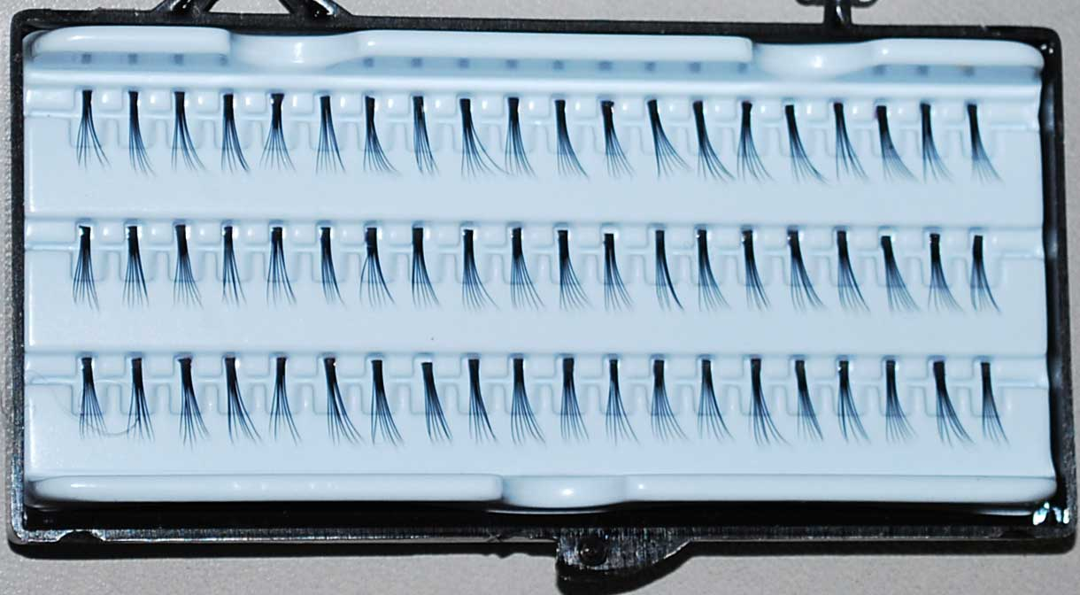Large Individual Eyelashes (072)